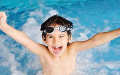 Zwembad donderdag 19 november weer open